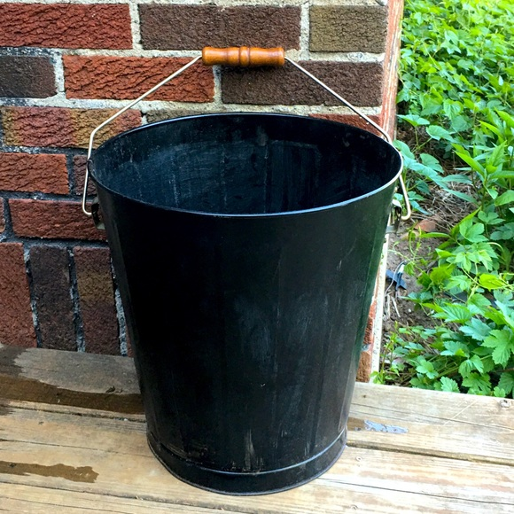 Smith & Hawken heavy duty garden or ice bucket